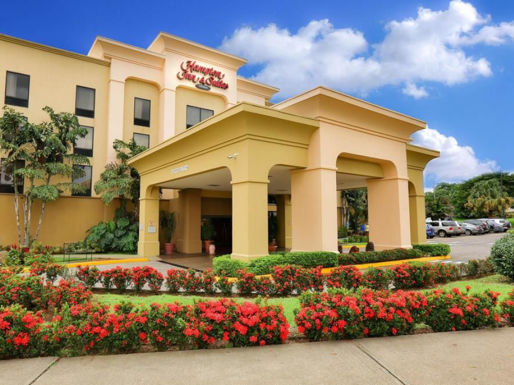 Read more about the article Hampton Inn Hotels