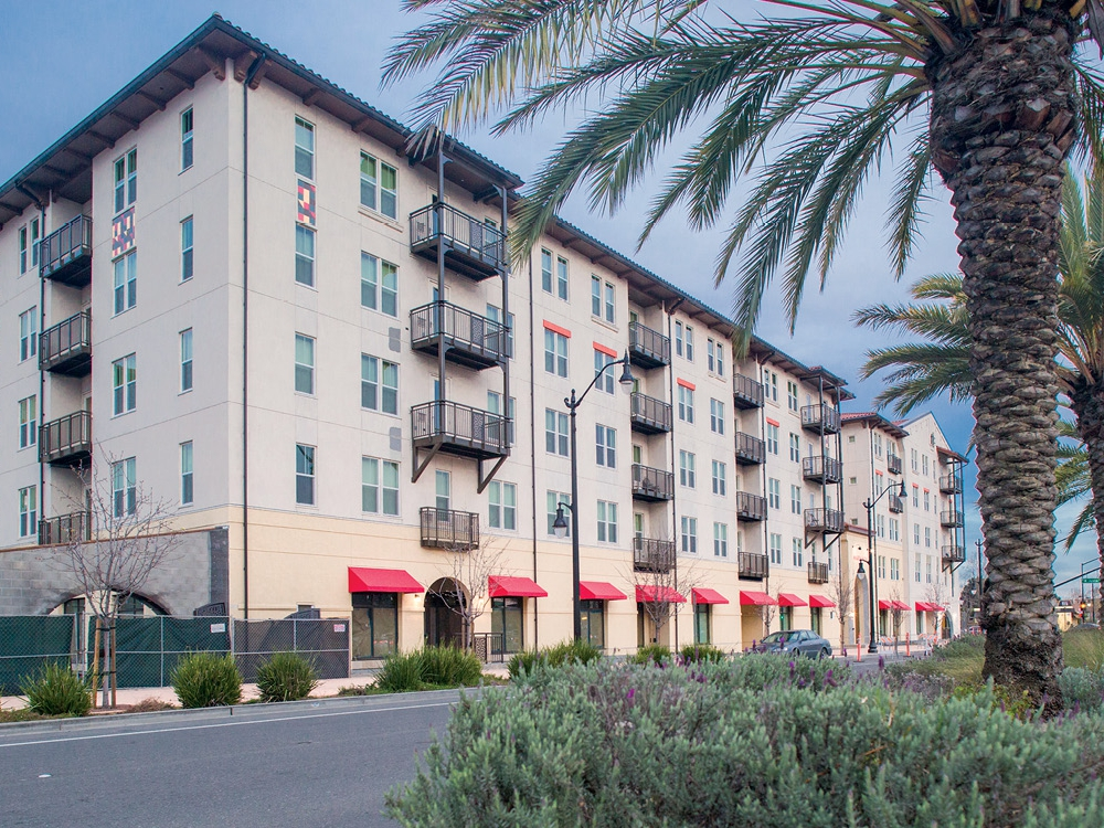 Read more about the article Marea Alta Apartments